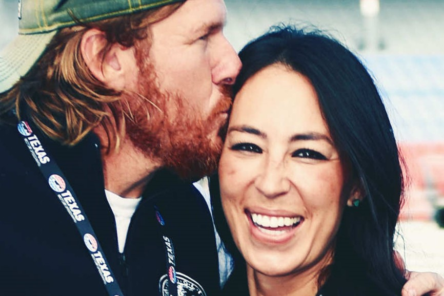 chip-joanna-gaines. square